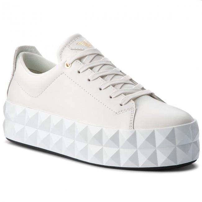 05fda002d0 Emporio Armani dámské bílé tenisky X3X059 XF258 0001 č.1
